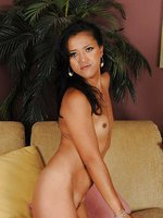 Exotic and elegant Tia Shelby shows off her34 year old exotic pussy