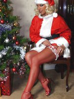 Leggy Lana plays the horniest and kinkiest Santa for the festive season