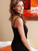 New mature model Lainda Cain from AllOver30 looking elegant as ever
