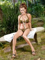 Mari Posa hot jungle babe