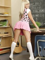 Hot blonde babe gets on her knees and sucks off her teacher for an A