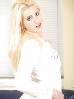 Luscious blonde anilos peels off her fishnet stockings exposing her honey dewed snatch