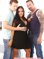 Nina Mercedez in her first double penetration