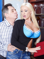 Summer Brielle Pictures in The Trophy Wife
