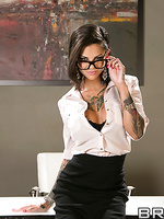 Bonnie Rotten Pictures in Squirting On The Job