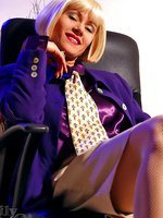 Leggy MILF secretary in fishnet pantyhose and high heels