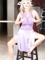 Rachel Aziani dresses up for a sexy evening