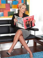 Lucy Zara - Agency Interview!